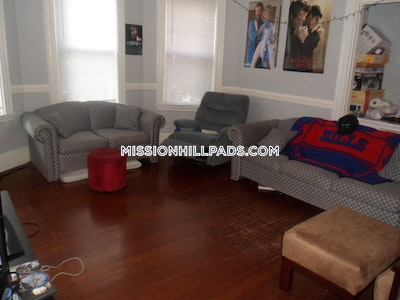 Mission Hill Apartment For Rent 4 Bedrooms 1 Bath Boston 800