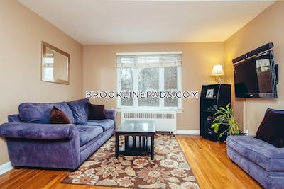 Brookline Apartment for rent 1 Bedroom 1 Bath  Beaconsfield - $2,100